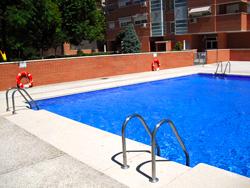 Mantenimiento piscinas comunitarias madrid y valdemoro for Piscina valdemoro