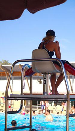 Servicio de socorristas madrid y valdemoro neoaqua - Socorrista de piscina ...